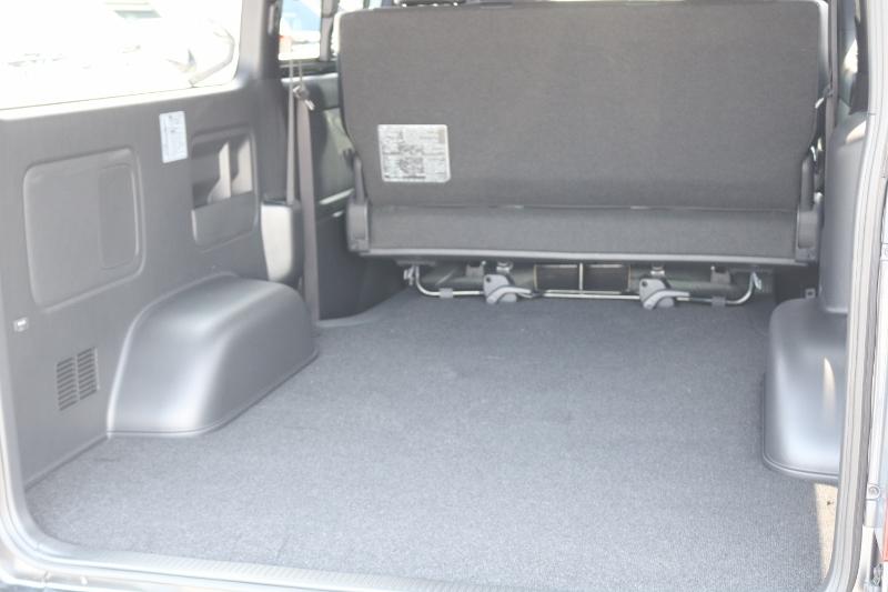 広々とした荷室♪   トヨタ ハイエースバン 2.8 スーパーGL ダークプライムⅡ ロングボディ ディーゼルターボ 特別仕様車 コブラフルエアロ