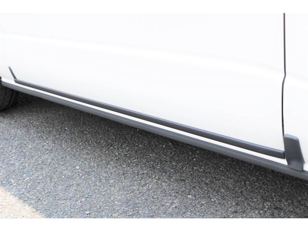 凍結防止のスライドドアモールもついてます! | トヨタ ハイエース 2.7 GL ロング ファインテックツアラー 4WD キャプテンシート装着ファインテックツアラ