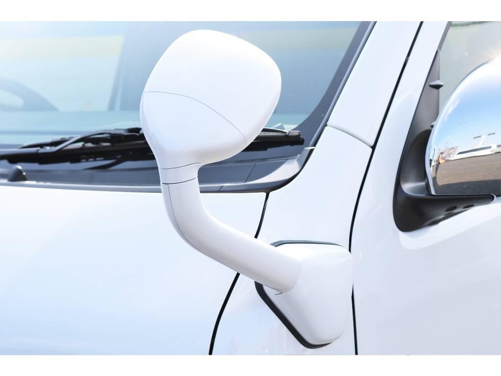 フロントアンダーミラーはボディーと同色にしております! | トヨタ ハイエース 2.7 GL ロング ファインテックツアラー 4WD キャプテンシート装着ファインテックツアラ