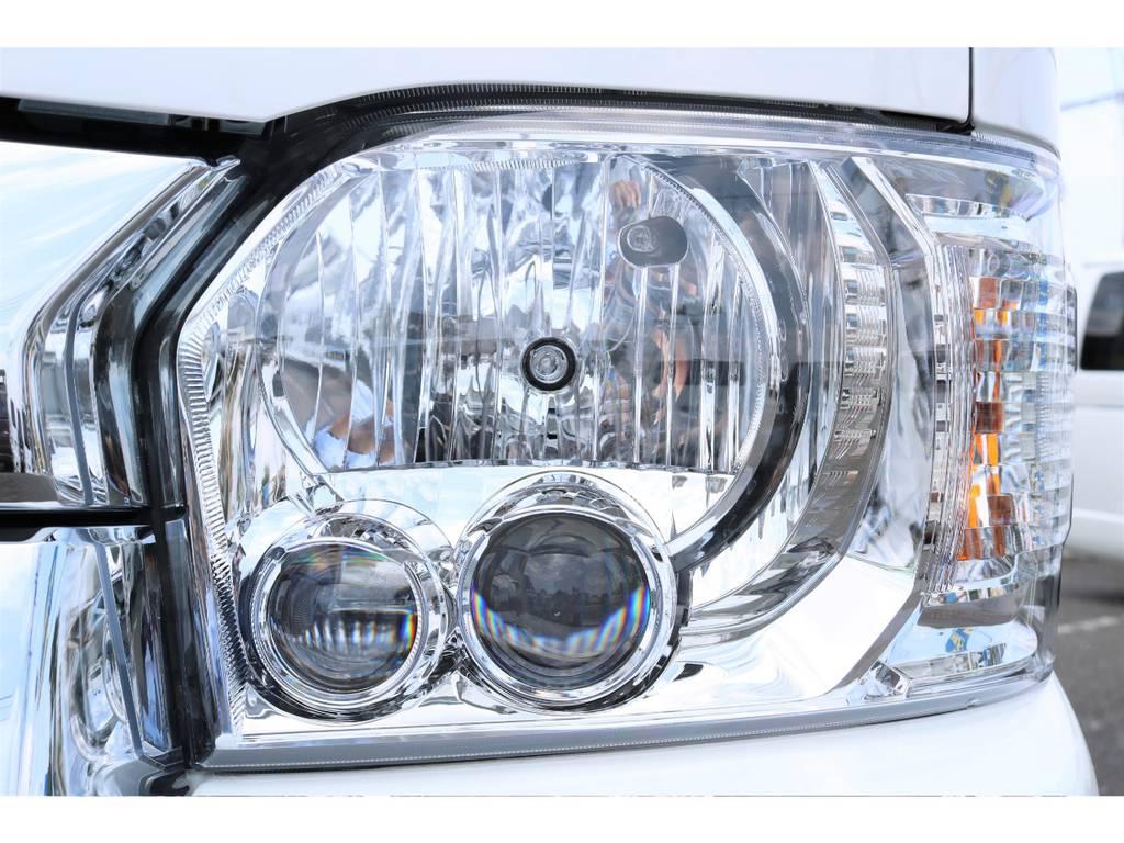 夜間も明るいLEDヘッドライト! | トヨタ ハイエース 2.7 GL ロング ファインテックツアラー 4WD キャプテンシート装着ファインテックツアラ