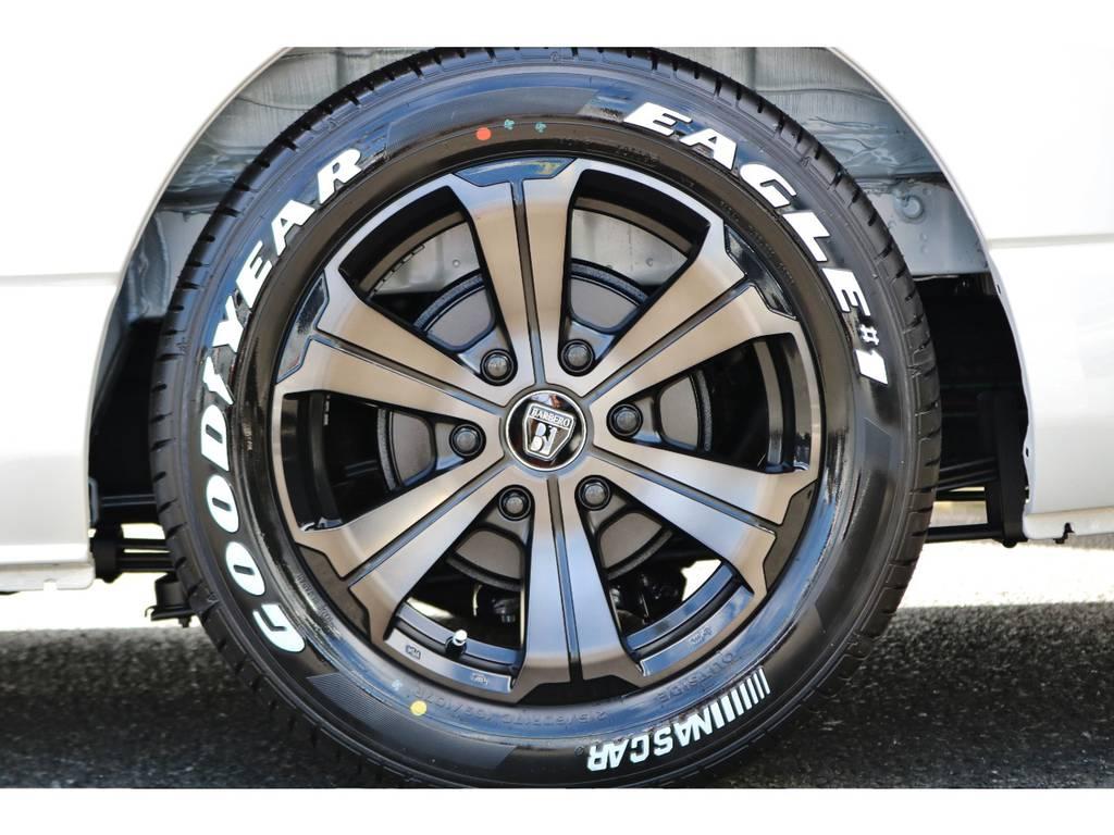 バルベロ アーバン 17インチ &GOODYEAR NASCARの組み合わせ! | トヨタ ハイエースバン 2.0 スーパーGL ダークプライムⅡ ロングボディ 小窓付き