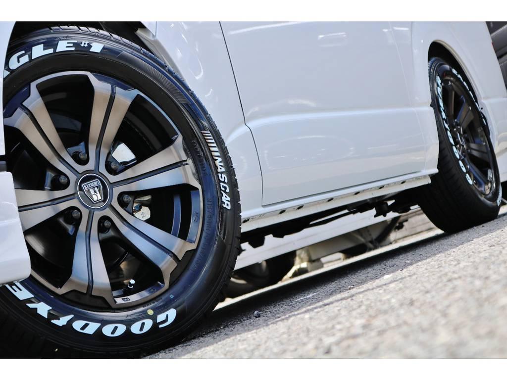 ほい0るとボディーがマッチしております! | トヨタ ハイエースバン 2.0 スーパーGL ダークプライムⅡ ロングボディ 小窓付き