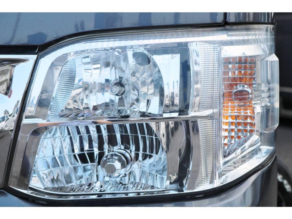夜間も明るいキセノンヘッドライト!   トヨタ ハイエースバン 2.0 スーパーGL ロング グレー ナビPKG