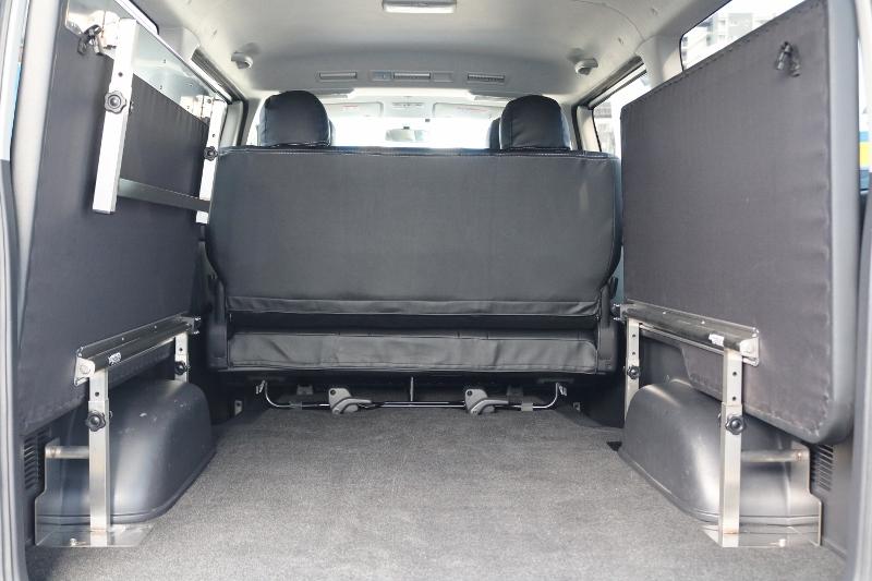 跳ね上げしますとお荷物もたくさん載せれます!   トヨタ ハイエースバン 2.0 スーパーGL ロング グレー ナビPKG