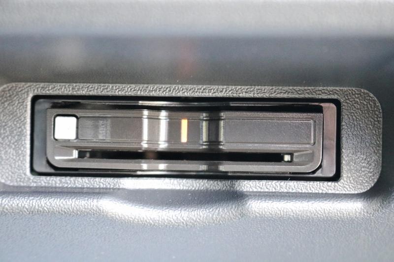 ETC 2.0搭載済み♪   トヨタ ハイエース 2.7 GL ロング ミドルルーフ TSS付 ベットキットアレンジR1