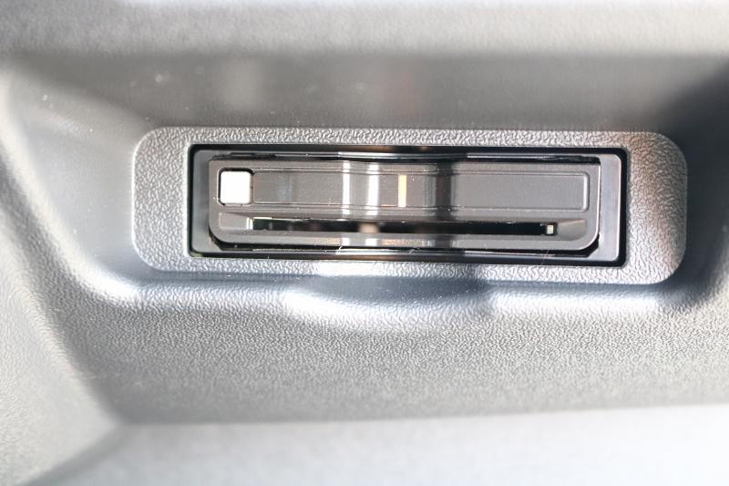 ETC 2.0搭載済み♪ | トヨタ ハイエース 2.7 GL ロング ミドルルーフ セーフティー付き Ver2内装施工カスタ