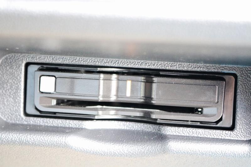 ETC2.0搭載! | トヨタ ハイエース 2.7 GL ロング ミドルルーフ セーフティー付き Ver2内装カスタム