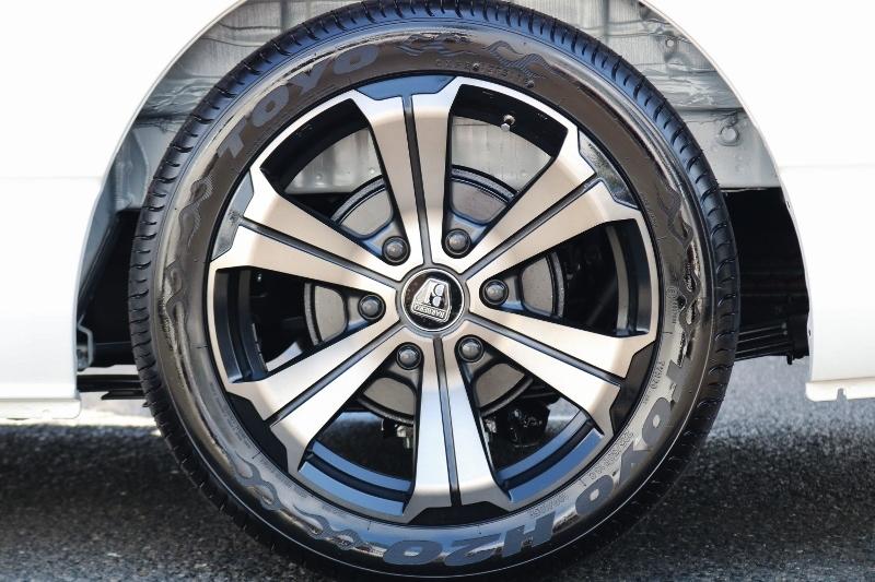バルベロ アーバン 18インチ &TOYO H20の組み合わせ! | トヨタ ハイエース 2.7 GL ロング ミドルルーフ セーフティー付き Ver2内装カスタム