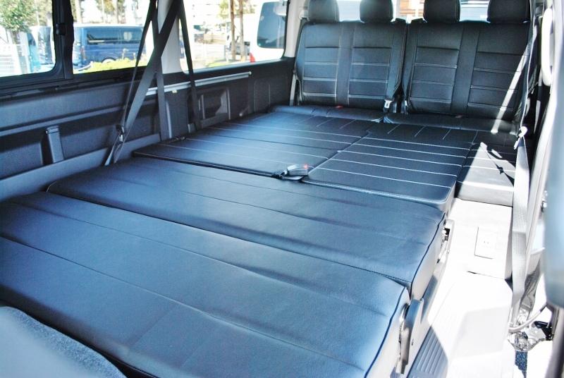 シートを倒すとフルフラットになります! | トヨタ ハイエース 2.7 GL ロング ミドルルーフ セーフティー付き Ver2内装カスタム