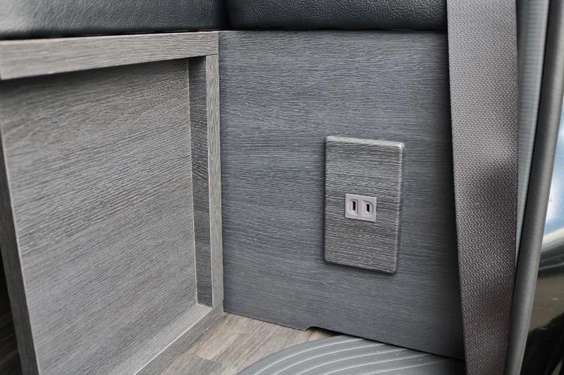 スライドドアを開けると100vコンセントがついてます! | トヨタ ハイエース 2.7 GL ロング ミドルルーフ セーフティー付き Ver2内装カスタム