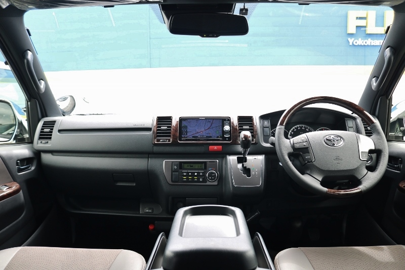| トヨタ ハイエースバン 2.0 スーパーGL 50TH アニバーサリー リミテッド ロングボディ ANV グラファイトM  ナビPKG