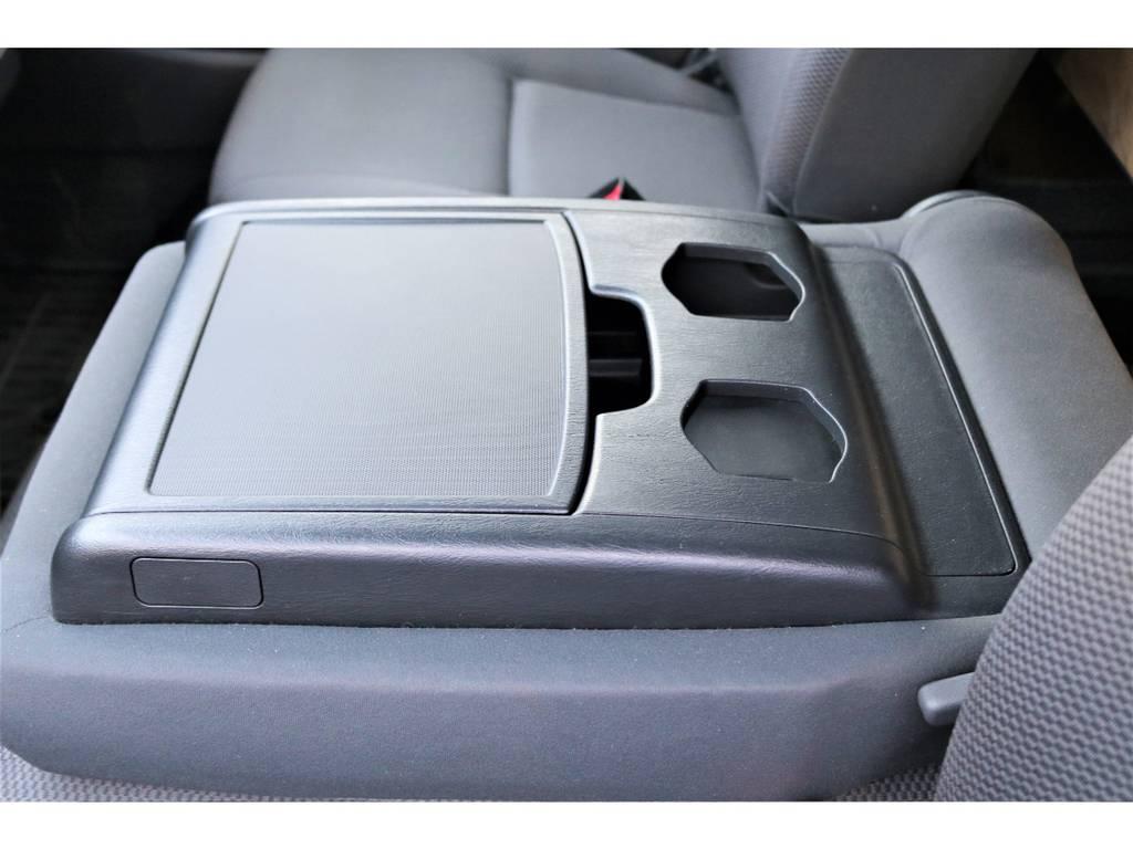 使い勝手の良いドリンクホルダー♪ | トヨタ ハイエースバン 2.7 DX ワイド スーパーロング ハイルーフ GLパッケージ 4WD 4WD ベット キャリア ヒッチカーゴ