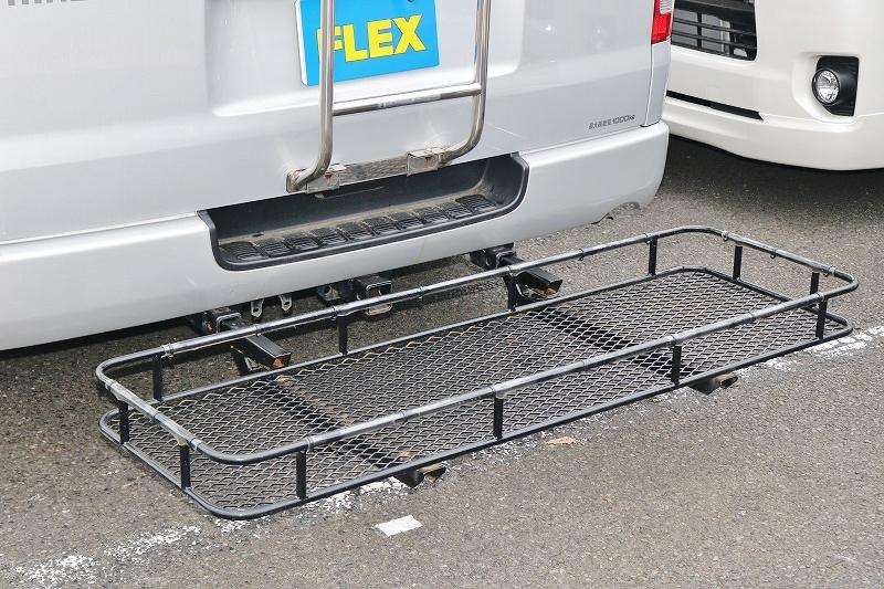濡れてしまった荷物の置き場に困らない! | トヨタ ハイエースバン 2.7 DX ワイド スーパーロング ハイルーフ GLパッケージ 4WD 4WD ベット キャリア ヒッチカーゴ