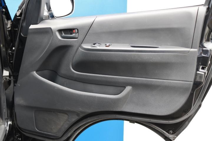 使用頻度が見やすい運転席ドアパネル!
