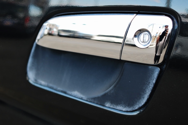 ドアノブプロテクトで車を保護!