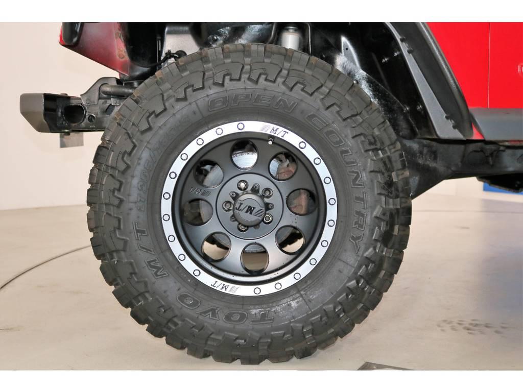 新品ミッキートンプソンAW&TOYOオープンカントリーMTタイヤ   ジープ ラングラー スポーツ ソフトトップ 4WD