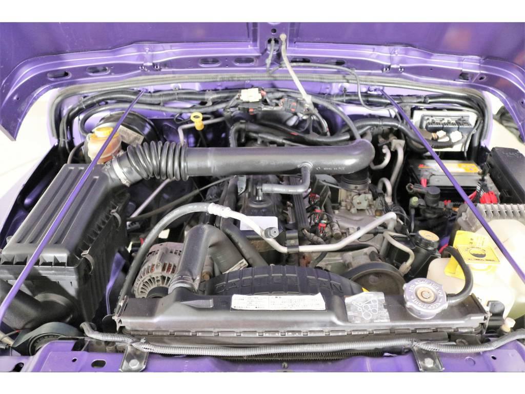 ご覧の通り綺麗なエンジンルーム☆別途安心メンテナンスパックもご用意しております。詳細はお気軽に担当スタッフまで♪ | ジープ ラングラー スポーツ ソフトトップ 4WD