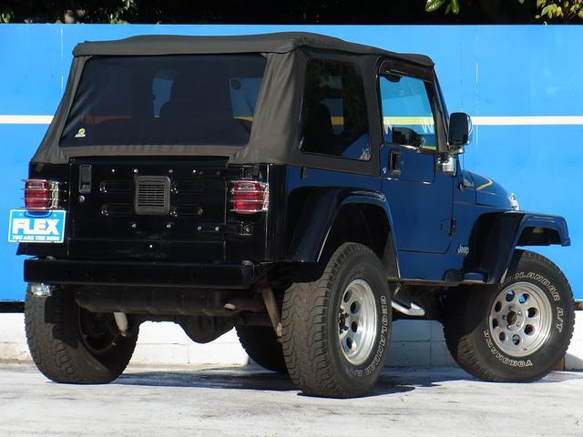 ラングラー スポーツ ソフトトップ 4WD