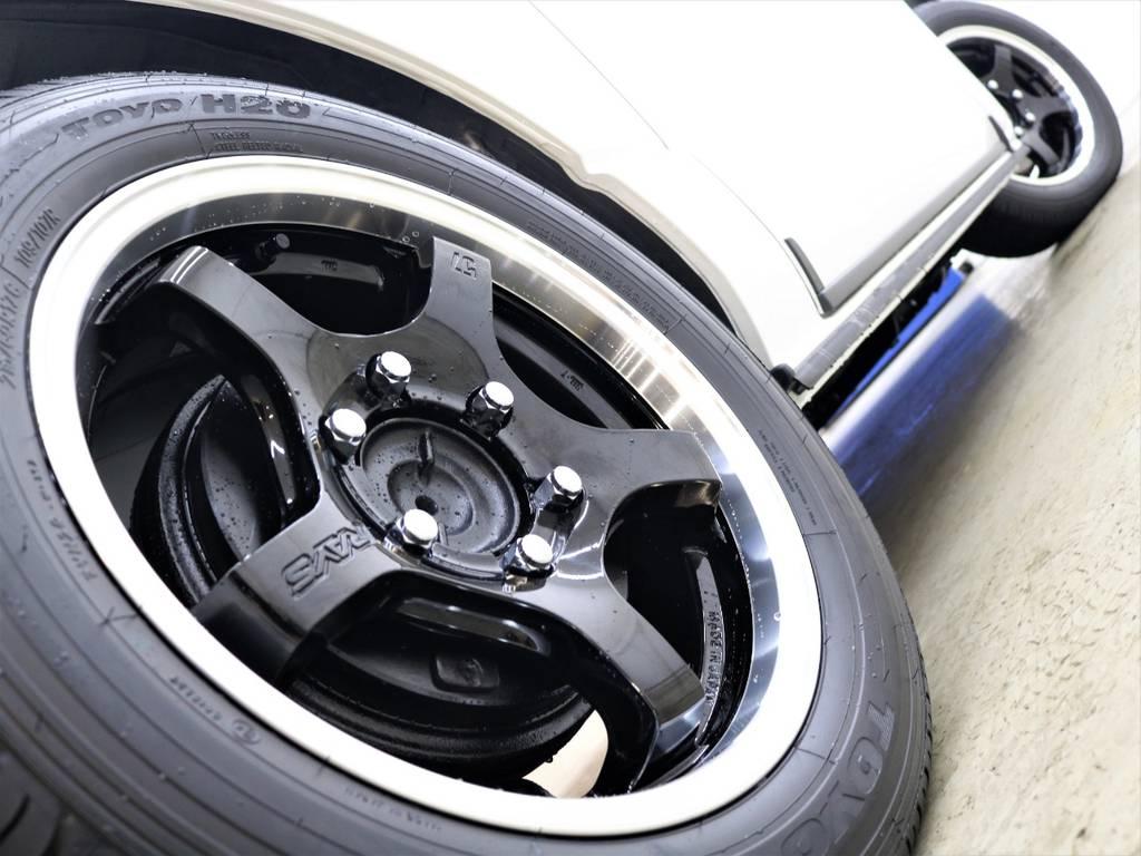 スポーティーなラインがたまりません! | トヨタ ハイエースバン 2.8 スーパーGL ダークプライムⅡ ロングボディ ディーゼルターボ 4WD FLEX Ver4内装架装