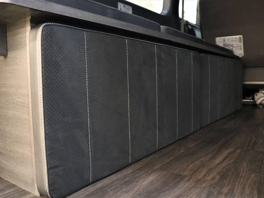 外したベッドマットは両サイドに収納できます! | トヨタ ハイエースバン 2.8 スーパーGL ダークプライムⅡ ロングボディ ディーゼルターボ 4WD FLEX Ver4内装架装