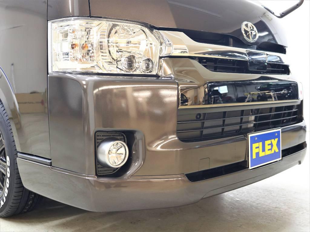 FLEX Ver1フロントリップスポイラー! | トヨタ ハイエースバン 2.7 スーパーGL 50THアニバーサリー リミテッド ワイド ミドルルーフ ロングボディ4WD FLEXベッドキット 煌テール
