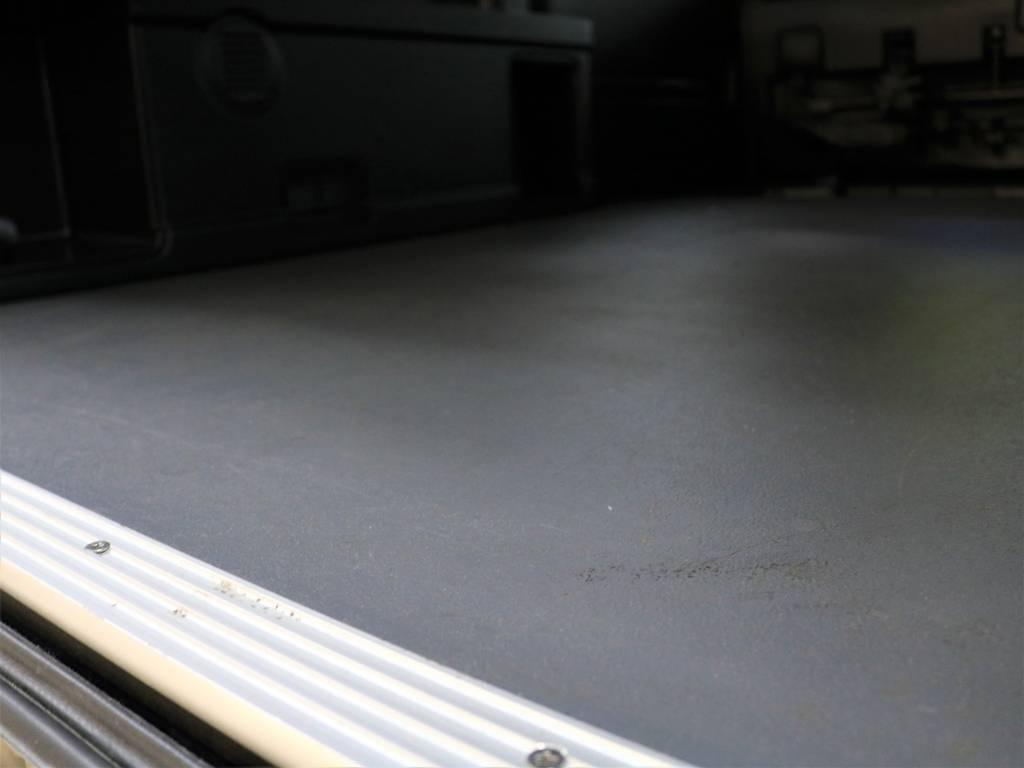 専用床張り! | トヨタ レジアスエース 2.7 マルチロールトランスポーター タイプⅠ ワイド ロング 4WD 新品レヴィーアヘッドライト 新品ナビ