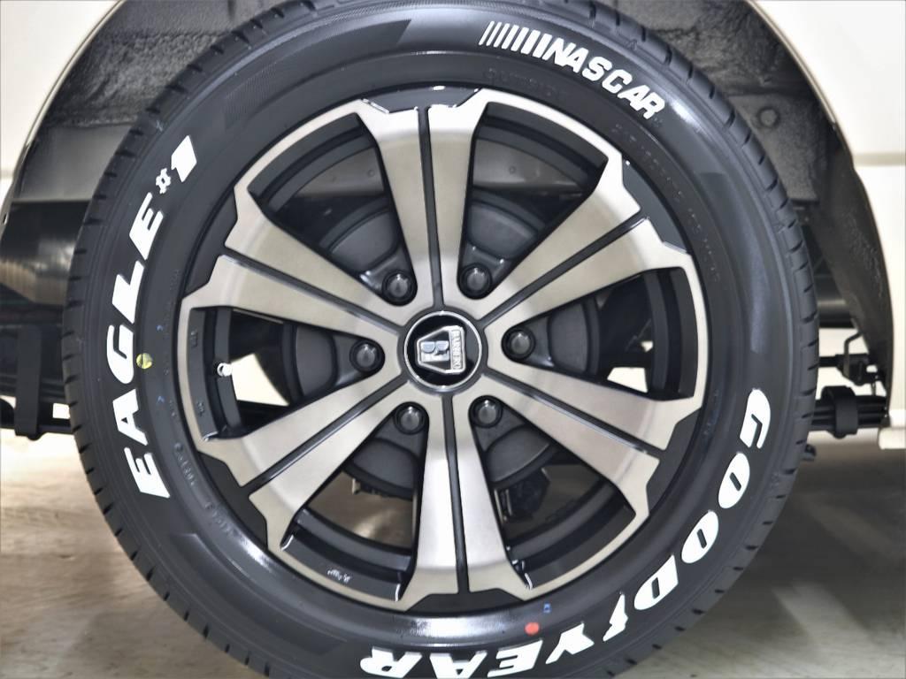 FLEXオリジナルカラーバルベロアーバングランデ | トヨタ ハイエースバン 2.8 DX ワイド スーパーロング ハイルーフ GLパッケージ ディーゼルターボ 4WD FLEXバルベロAW 煌REDテール