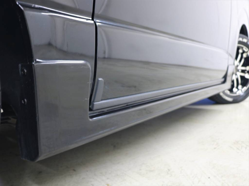 モデリスタサイドスカート! | トヨタ ハイエースバン 3.0 スーパーGL ロング ディーゼルターボ 4WD ユーアイマルチウェイフォルドベットキット