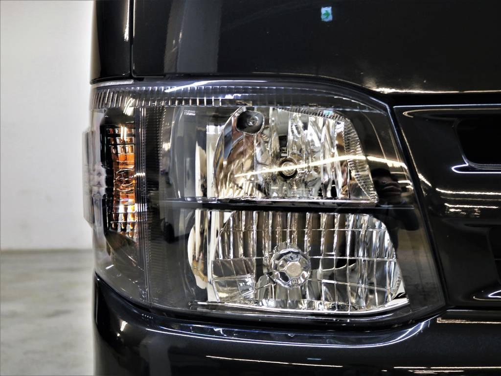 新品インナーブラックヘッドライト! | トヨタ ハイエースバン 3.0 スーパーGL ロング ディーゼルターボ 4WD ユーアイマルチウェイフォルドベットキット