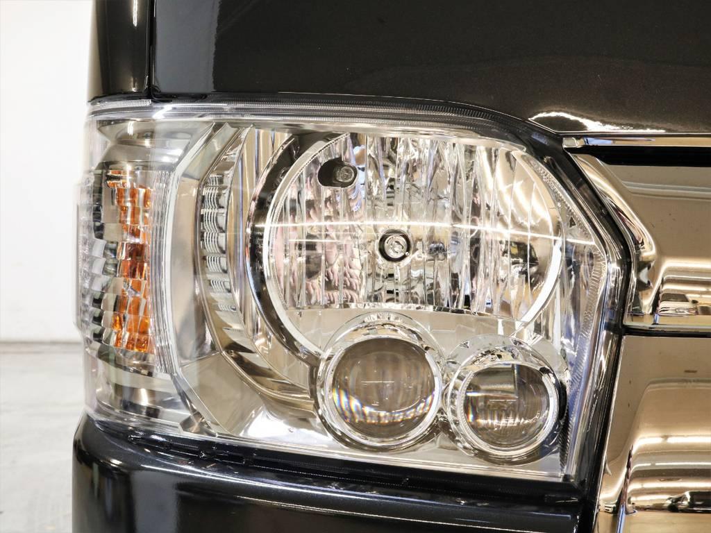 LEDヘッドランプは標準装備です! | トヨタ ハイエースバン 2.8 スーパーGL ダークプライムⅡ ロングボディ ディーゼルターボ 4WD フロアボード施工 ウィンカーミラー