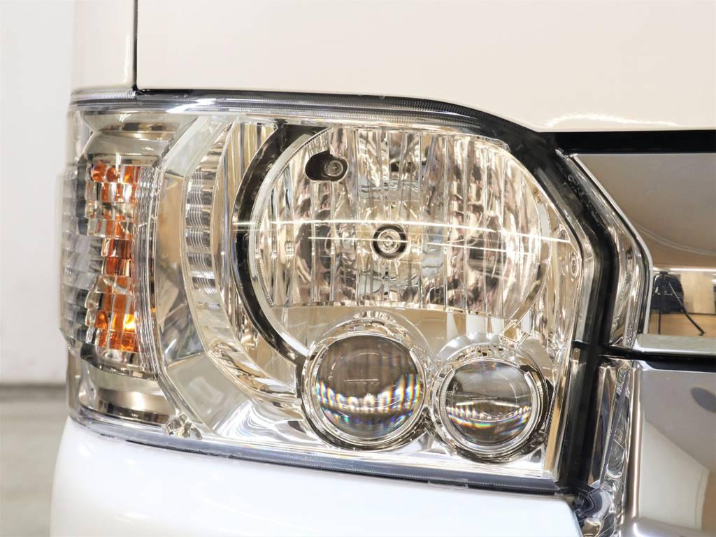 LEDヘッドランプ等メーカーオプションはフル装備!