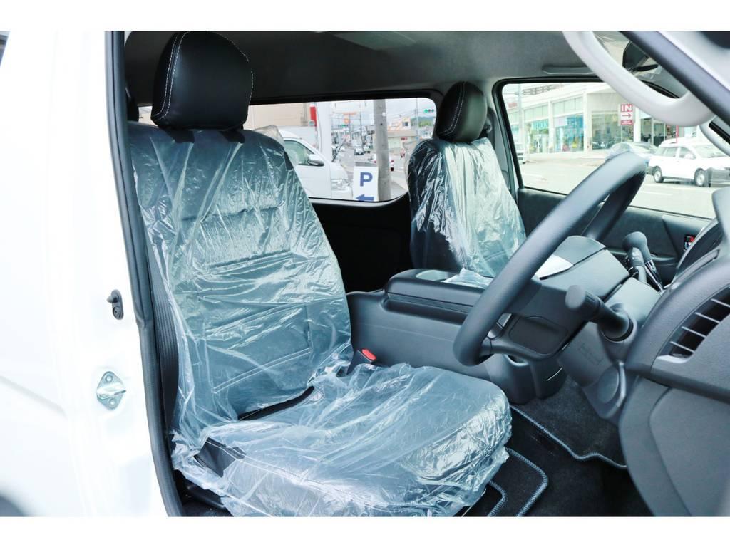 ブラックレザーシートカバー! | トヨタ ハイエース 2.7 GL ロング ミドルルーフ 4WD TSS付 Ver1 ギブソンエアロ