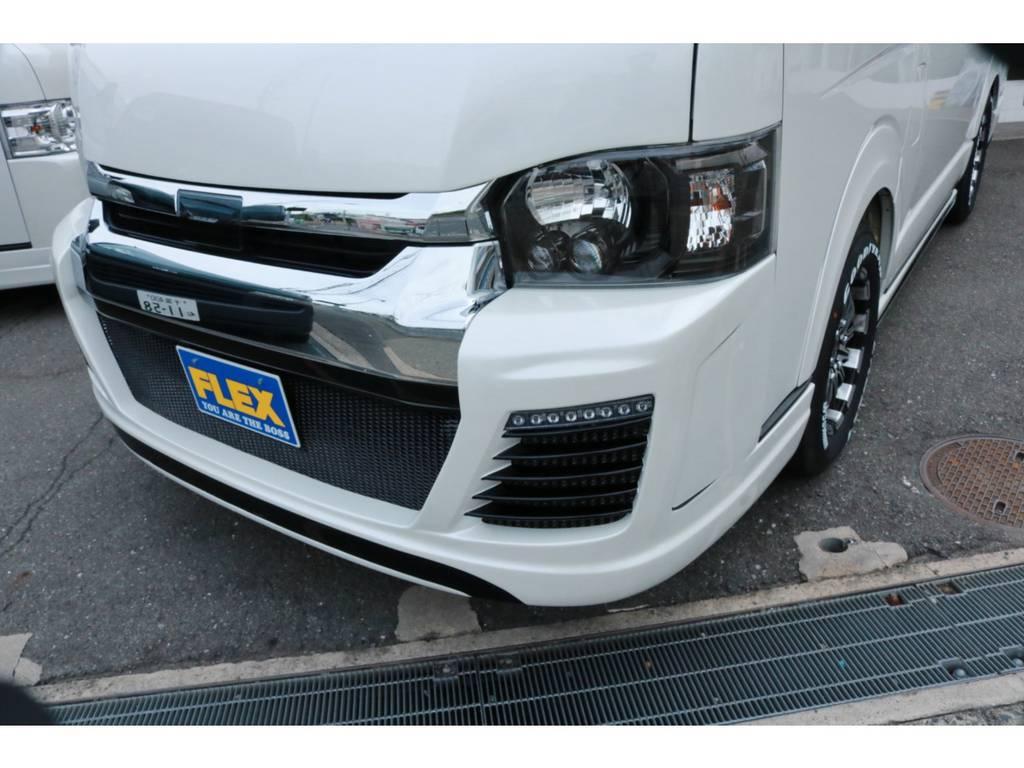 デイライト付きフルバンパースポイラー!LEDヘッドライトはインナーブラック化済! | トヨタ ハイエース 2.7 GL ロング ミドルルーフ 4WD TSS付 Ver1 ギブソンエアロ