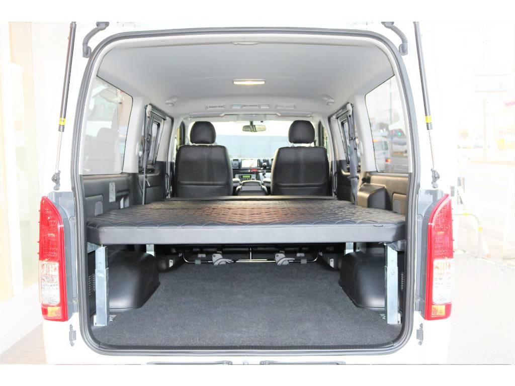 こちらのベッドは高さの調整も可能となっております!!   トヨタ ハイエースバン 2.0 スーパーGL ロング ローウェン