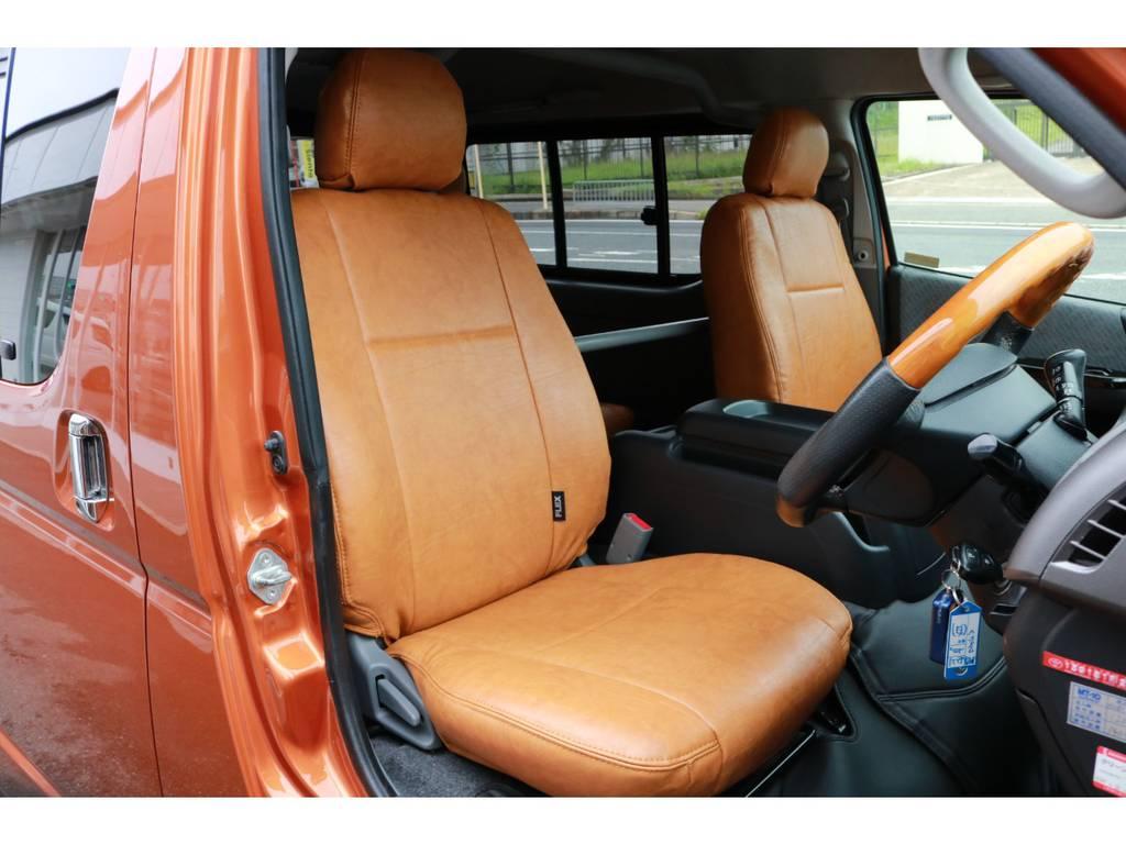 外装に合わせてシートカバーも特別に製作いたしました! | トヨタ ハイエースバン 2.7 スーパーGL ワイド ロング ミドルルーフ RENOCAコーストライン