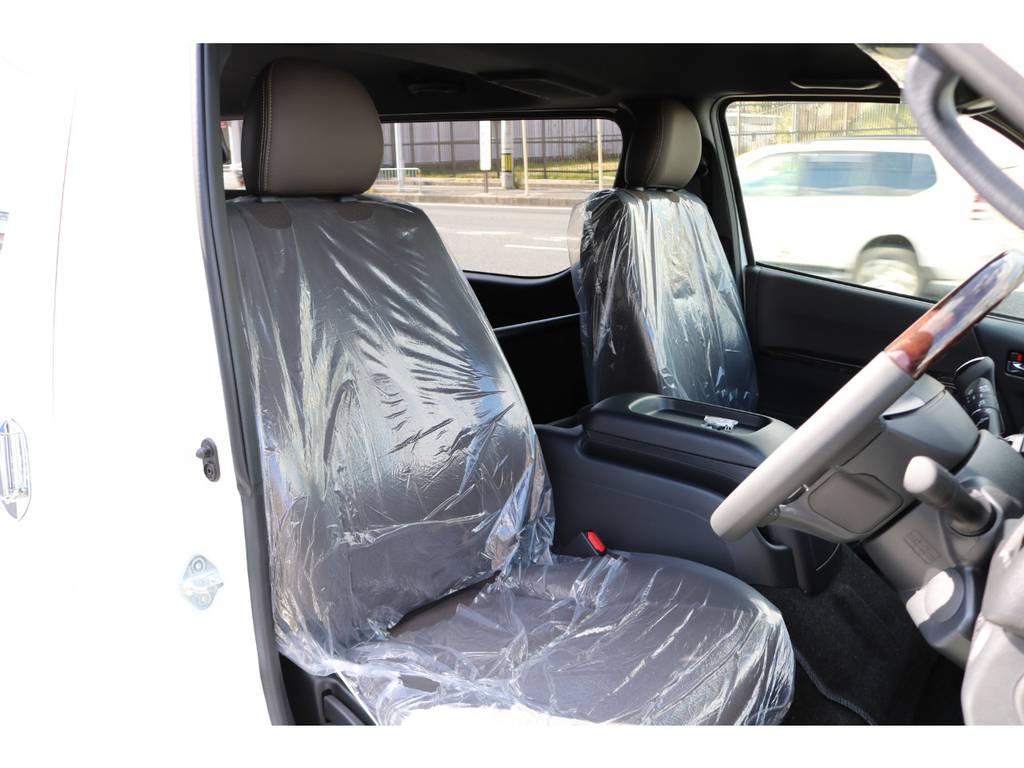 専用ハーフレザーシート!   トヨタ ハイエースバン 2.8 スーパーGL 50TH アニバーサリー リミテッド ロングボディ ディーゼルターボ 4WD ☆室内架装車Ver.4☆