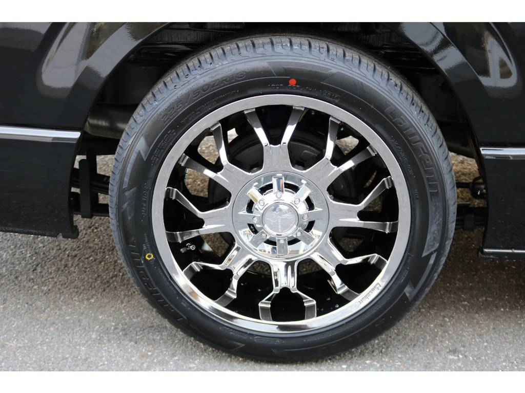 ローエンハート18インチメッキAW!   トヨタ ハイエースバン 2.8 スーパーGL ダークプライムⅡ ロングボディ ディーゼルターボ ☆LEDエディション☆