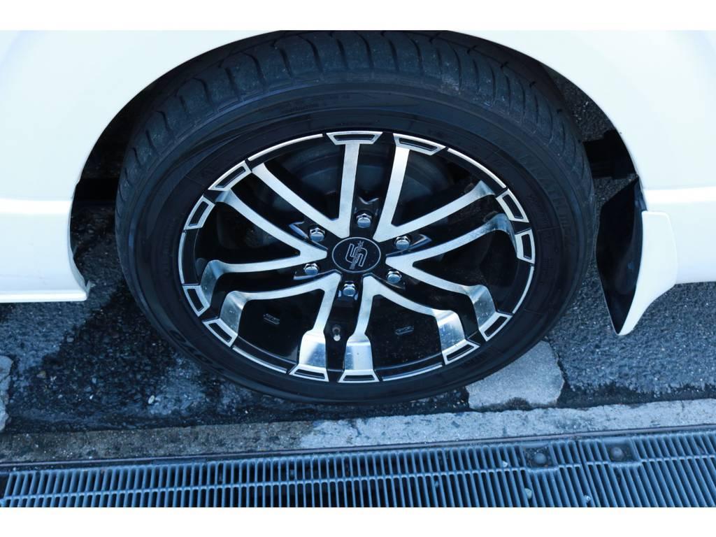 ゼロブレイクS18インチAW! | トヨタ ハイエース 2.7 グランドキャビン 4WD ベットキット完備