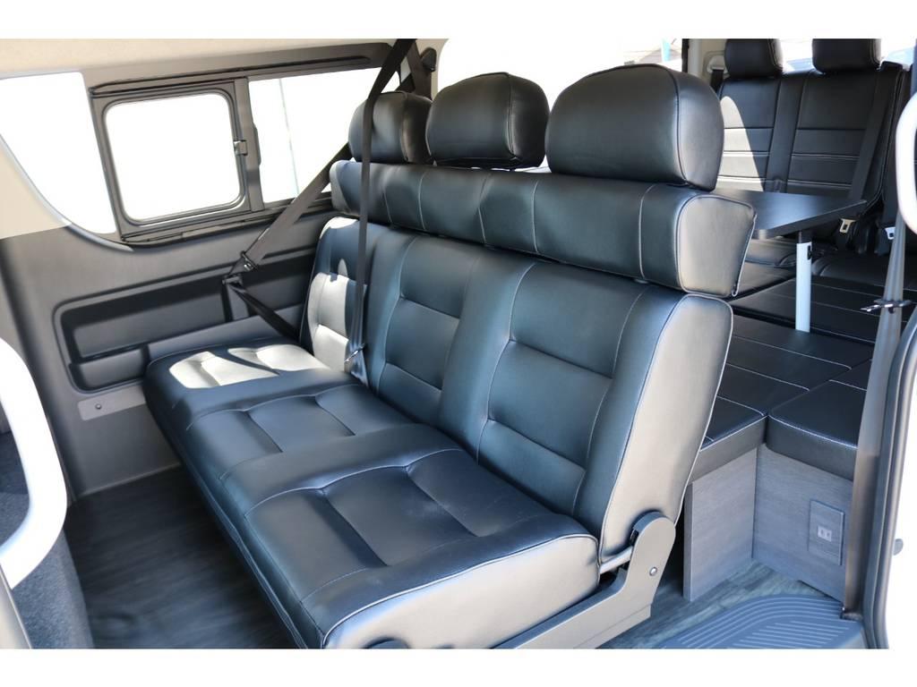 2列目3人掛けベンチシート! | トヨタ ハイエース 2.7 GL ロング ミドルルーフ シートアレンジVer.2!即納車可能!