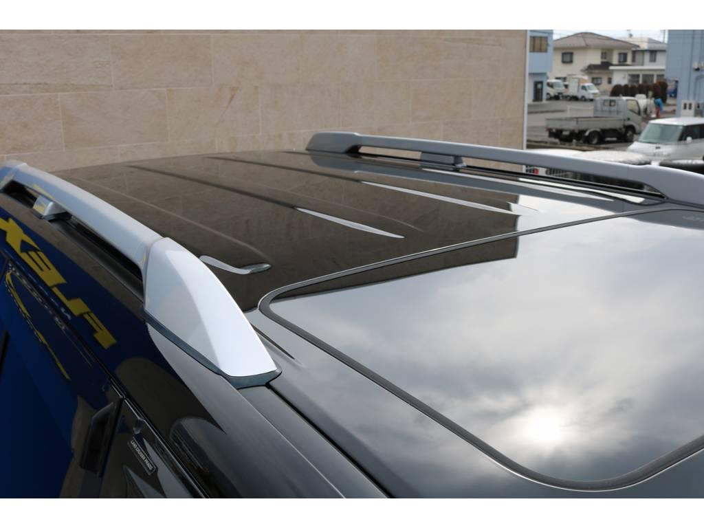 オプション装備のカラードルーフレール! | トヨタ ランドクルーザープラド 2.8 TX ディーゼルターボ 4WD