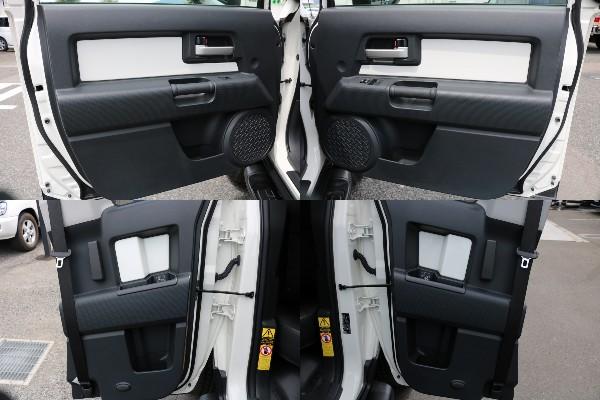 カラーパッケージですので、インナートリムはボディ同色となります! | トヨタ FJクルーザー 4.0 カラーパッケージ 4WD
