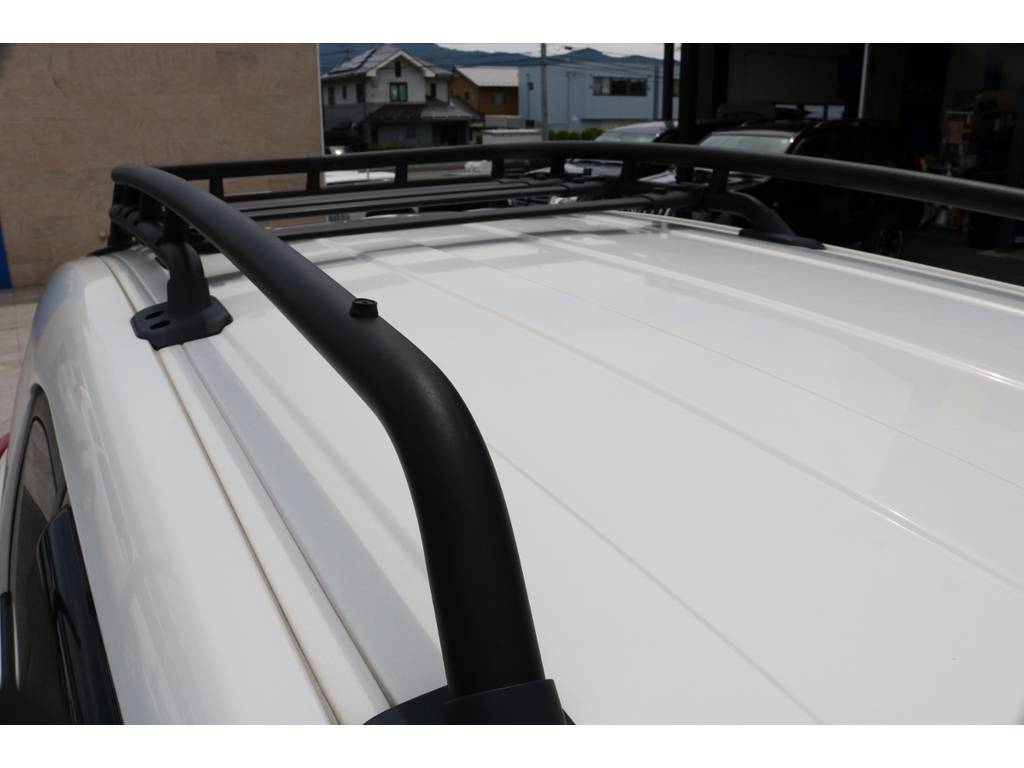 USルーフラック装備済み! | トヨタ FJクルーザー 4.0 カラーパッケージ 4WD