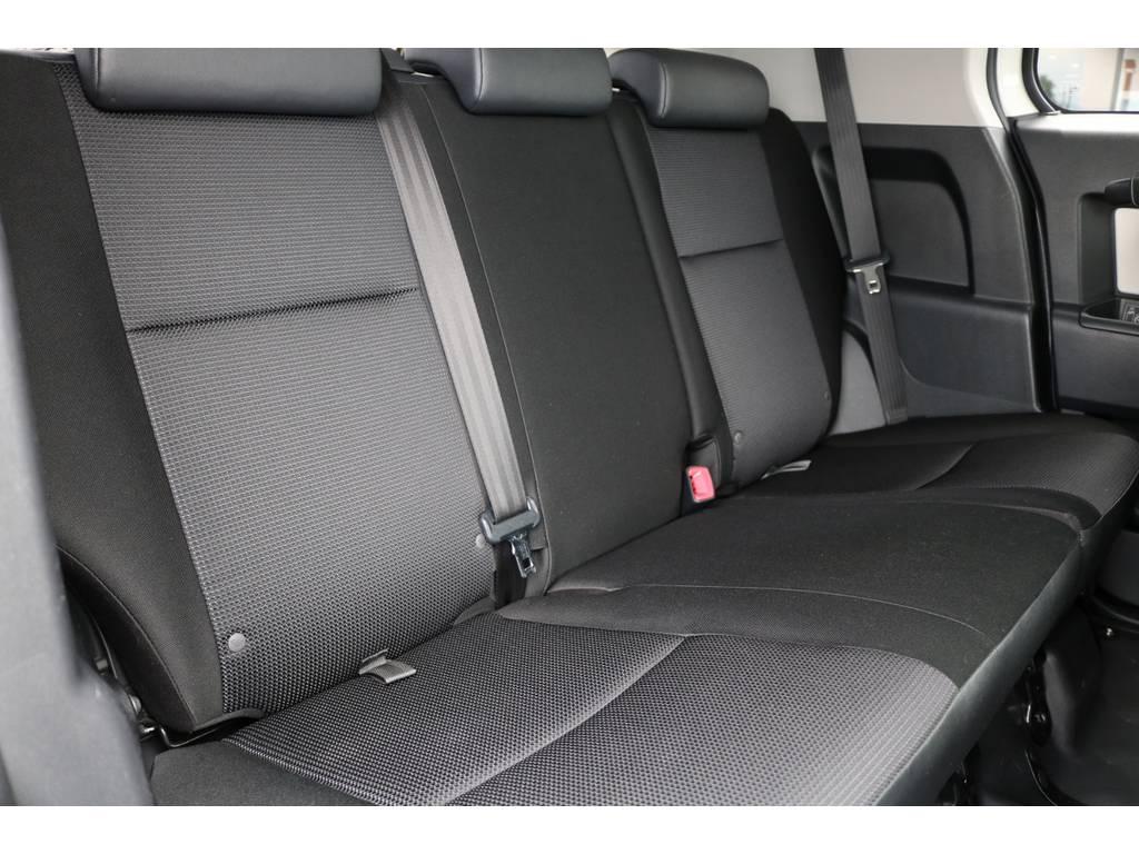 セカンドシート! | トヨタ FJクルーザー 4.0 カラーパッケージ 4WD