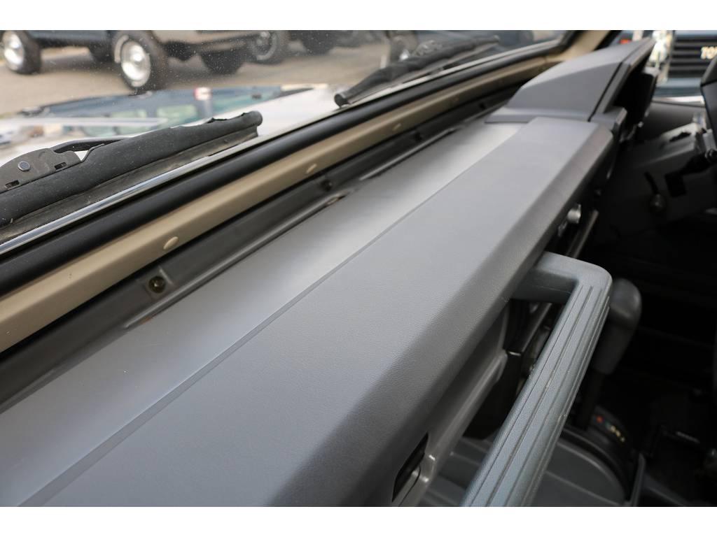 ダッシュ廻り状態も良好です!   トヨタ ランドクルーザー70 4.2 ZX FRPトップ ディーゼル 4WD