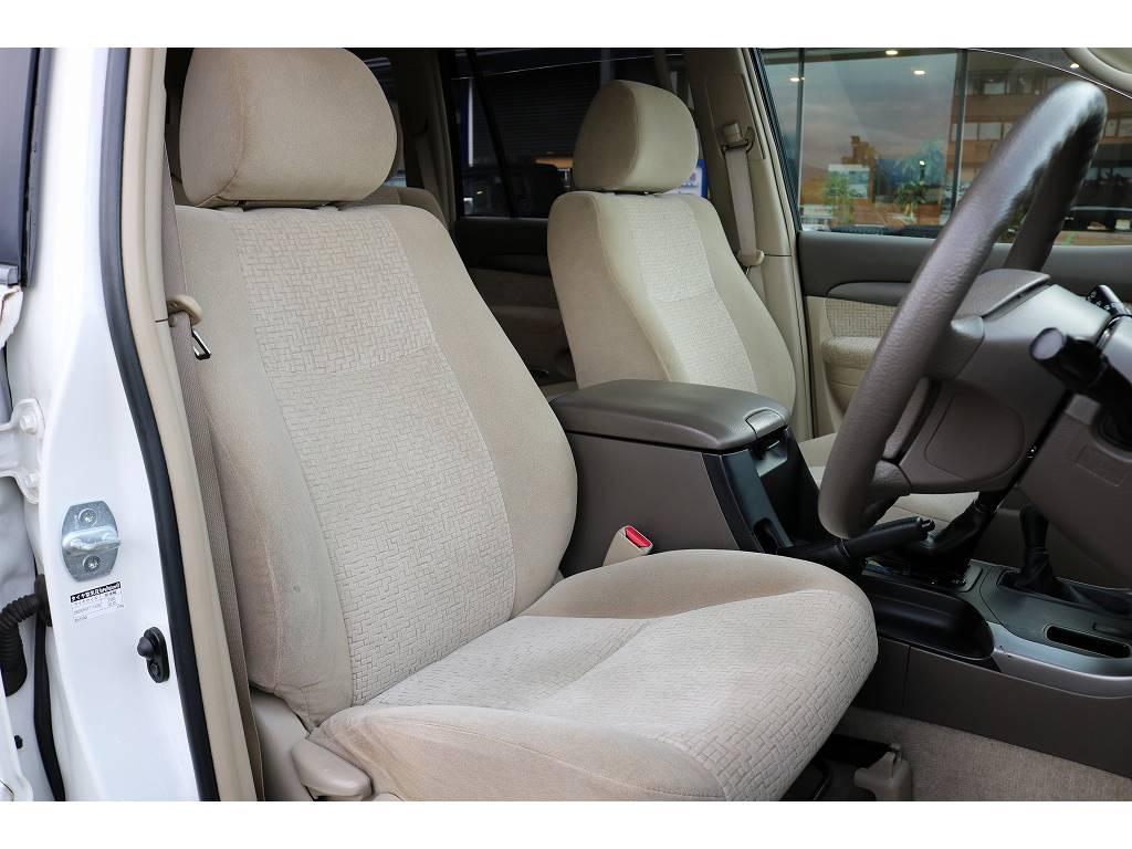 運転席シート! | トヨタ ランドクルーザープラド 2.7 TX 4WD