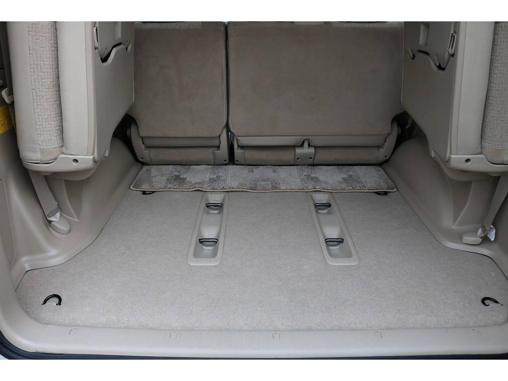積荷も沢山詰め込めるラゲッジスぺース! | トヨタ ランドクルーザープラド 2.7 TX 4WD