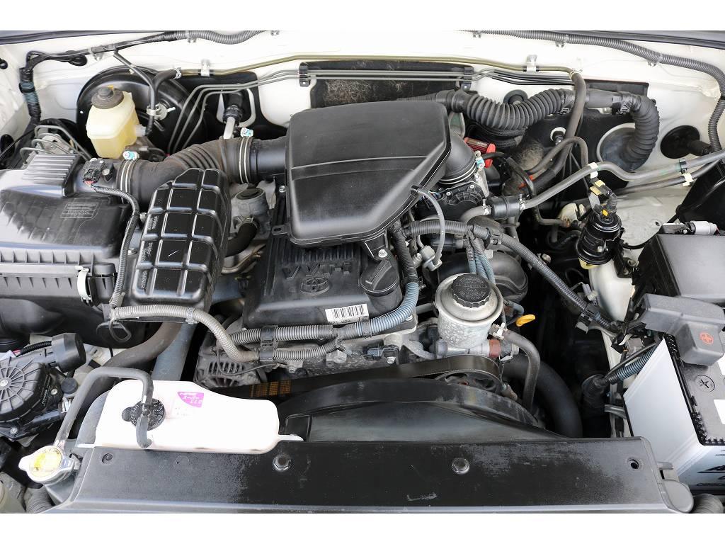 エンジンルーム!タイミングチェーン仕様となります! | トヨタ ランドクルーザープラド 2.7 TX 4WD