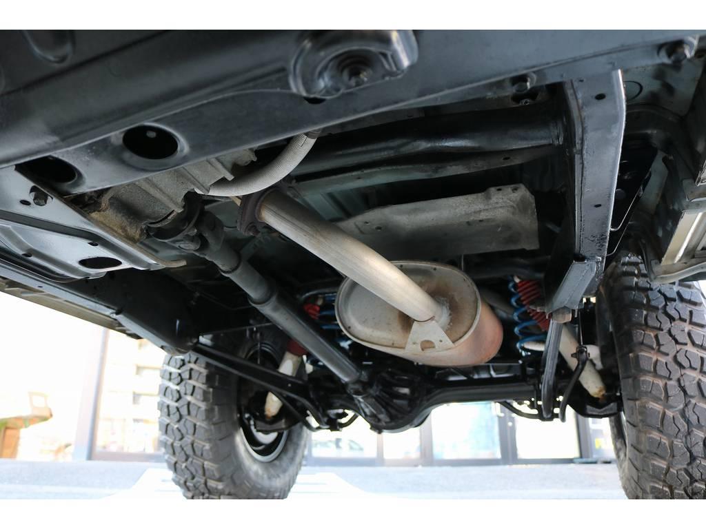 下廻りは洗浄後、防腐パスター仕上げにてお渡しさせていただきます! | トヨタ ランドクルーザープラド 3.0 SXワイド ディーゼルターボ 4WD