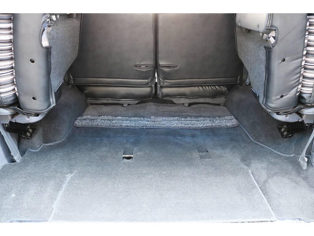 積荷も沢山詰め込めるラゲッジスペース! | トヨタ ランドクルーザープラド 3.0 SXワイド ディーゼルターボ 4WD