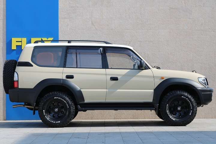 NEWペイントベージュ×ルーフホワイト! | トヨタ ランドクルーザープラド 2.7 TX リミテッド 4WD
